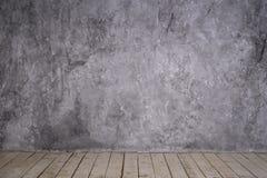 Intérieur lumineux de grenier de vintage Image libre de droits