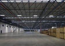 Intérieur moderne d'entrepôt Images stock