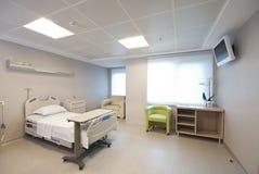 Intérieur privé de chambre d'hôpital photographie stock libre de droits