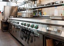 Intérieur professionnel de cuisine photographie stock