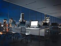 Intérieur vide de bureau de nuit avec l'affichage lumineux rendu 3d Photos libres de droits