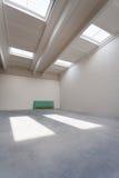 Intérieur vide de hall industriel Photo stock