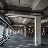 Intérieur vide de Parkng Photographie stock libre de droits
