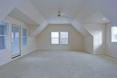 Intérieur vide de pièce avec le plafond voûté Image stock