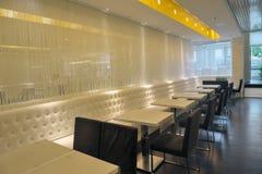 Intérieur vide de restaurant Images stock