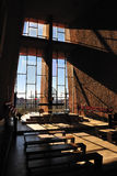 intérieurs d'église photos stock
