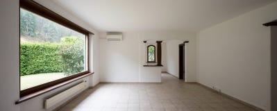 Intérieurs d'appartement meublé moderne, salon image stock