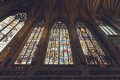 Intérieurs de cathédrale de Lichfield - Madame Chapel Stained Glass Sou photographie stock