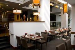Intérieurs de restaurant photo stock