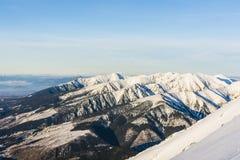 Inte fjällängar men också trevliga berg Royaltyfri Fotografi