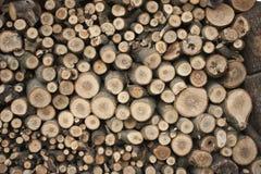 Integrado por la madera aserrada imagenes de archivo
