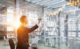 Integrierende neue Technologien Gemischte Medien stockfotografie