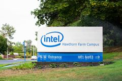 Intel korporacja podpisuje wewnątrz Hillsboro, Oregon zdjęcie royalty free