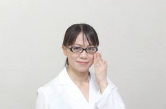 Intelligent Asian woman doctor Royalty Free Stock Photography