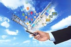Intelligente Telefonmultimedia und -internet Stockbilder