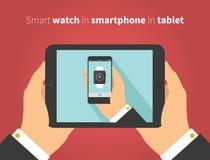 Intelligente Uhr im Mobile in der Tablette im flachen Designvektor Lizenzfreie Stockfotos