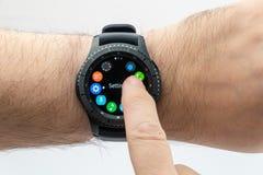 Intelligente Uhr Samsungs-Gangs S3 stockfotos