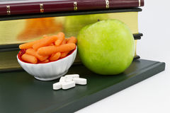 Intelligente und gesunde Nahrung und Ergänzungen lizenzfreie stockfotografie