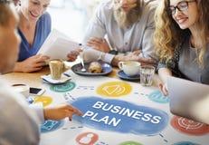 Intelligente zufällige Geschäftsleute Konzept- lizenzfreie stockbilder
