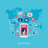 Intelligentes Mobiltelefon des Konzeptes des Sozialen Netzes mit Spracheblasen und Geschäftsikonen Infographic-Elementen Lizenzfreies Stockbild