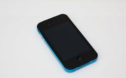Intelligentes Telefon mit blauem Kasten Stockfoto