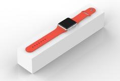 Intelligentes Uhrsilberaluminium mit der orange Schnallenfarbe - lokalisiert auf Weiß Lizenzfreie Stockbilder