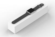 Intelligentes Uhrsilberaluminium mit der schwarzen Schnallenfarbe - lokalisiert auf Weiß Lizenzfreie Stockbilder