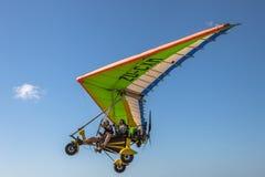 Intense adrenaline: Ultralight Vliegtuigen stock foto's