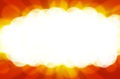 Intense zon op een heldere oranje achtergrond Royalty-vrije Stock Foto's