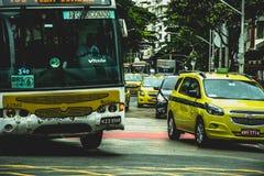 Intensiv trafik i Rio de Janeiro arkivfoto
