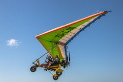 Intensive Adrenaline: Ultralight Flugzeuge Stockfotos