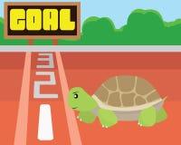 Intento de la tortuga para alcanzar la meta en sí mismo Concepto del éxito y de la intención Imagenes de archivo