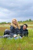 inter parperson som tillhör en etnisk minoritet Fotografering för Bildbyråer