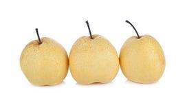 Intera pera cinese o pera di Nashi con il gambo su fondo bianco Immagine Stock Libera da Diritti