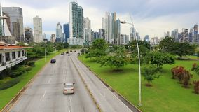 Interamericana autostrada w Panamskim mieście z góry zbiory wideo