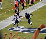 Interceptación de los Seattle Seahawks CONTRA San Diego Chargers Fotos de archivo libres de regalías