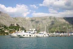 Interception commandée en vol de marina - Dubrovnik Image libre de droits