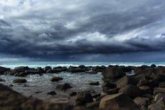 Intercettore solo della tempesta fotografie stock
