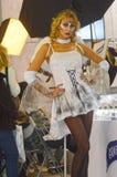 Intercharm XII Międzynarodowa mydlarnia i kosmetyka Moskwa powystawowej jesieni Młody żeński anioł Fotografia Royalty Free