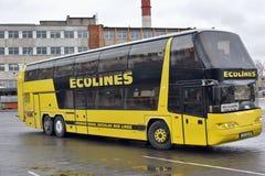 Intercity λεωφορείο Ecolines στοκ εικόνες