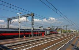 Intercity τραίνο Frecciarossa στοκ φωτογραφίες