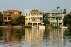 Intercoastal Huizen van de Waterweg Stock Foto's