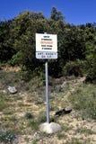 Interdiction d'enl?vement des ordures sous la p?nalit? photo libre de droits