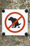 Interdiction de signe pour des chiens à la dunette photographie stock libre de droits