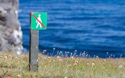 Interdit pour marcher ici - l'Islande Photos stock