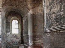 Interer старой загубленной церков. Стоковое Изображение RF