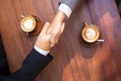 interes dorosłych biznesmena senior umowy zdjęcia stock