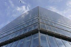 interes wysoki nowoczesny budynek drapacz chmur Zdjęcia Stock