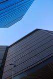 interes wysoki nowoczesny budynek drapacz chmur obraz royalty free