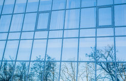 interes wysoki nowoczesny budynek drapacz chmur Obrazy Royalty Free